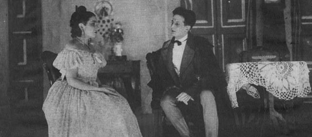 Margarita Xirgu estrena 'Mariana Pineda', de Federico García Lorca, en el Teatro Goya de Barcelona.