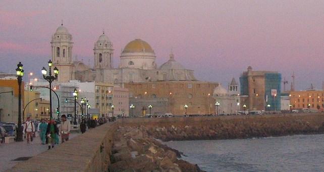 Cádiz contará con espectáculos de doce países en la edición XXIX del FIT