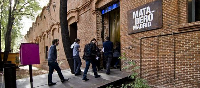 El gremio teatral se rebela contra el nuevo rumbo del Matadero