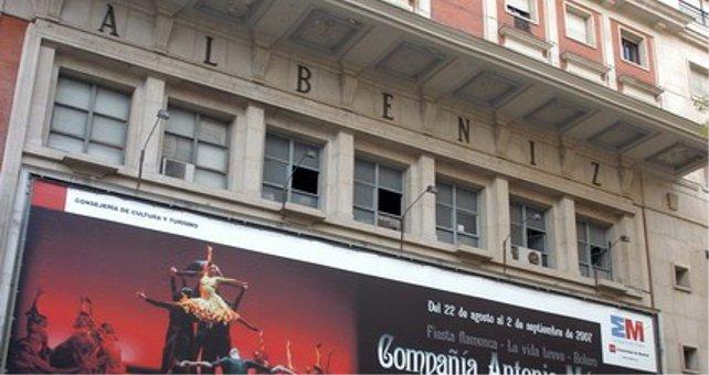 El teatro Albéniz termina en manos de Kutxabank