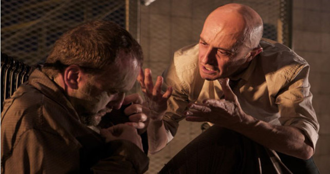 Ernesto Caballero estrena en el Teatro María Guerrero 'Rinoceronte'