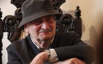 Fallece el dramaturgo polaco Slawomir Mrozek