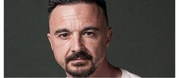 Guillem Clua, Premio Nacional de Literatura Dramática 2020 por su obra  'Justícia'.