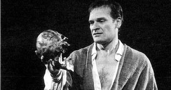 Hamlet, abogado criminalista