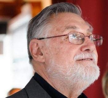 Javier Artiñano, un figurinista que hizo época