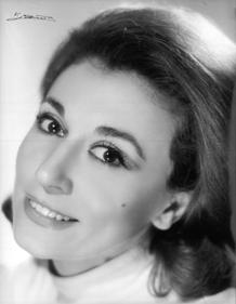 La actriz Julia Gutiérrez Caba, premio Max de honor