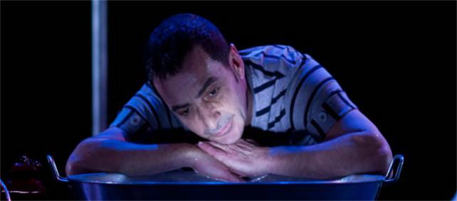 La escena pierde a Luis Oyarbide