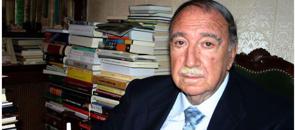 Muere a los 93 años Juan José Arteche, un infatigable adaptador teatral