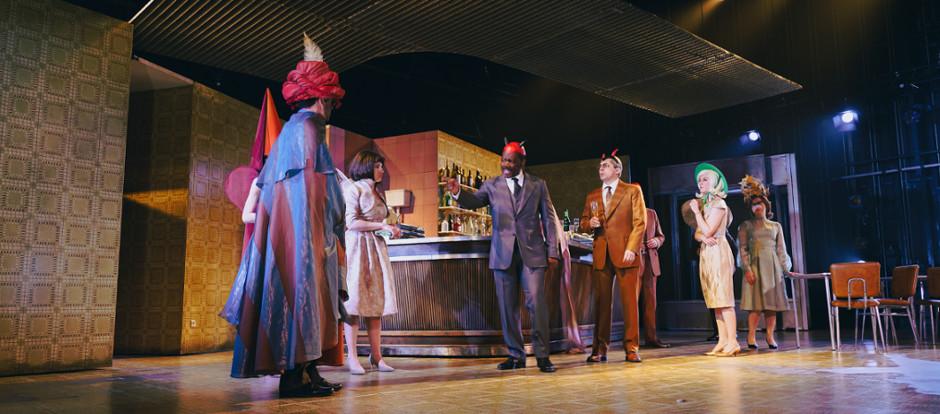 Sanzol abre en Barcelona 'El bar que se tragó a todos los españoles'