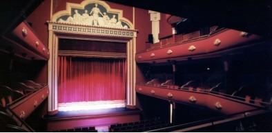 Teatres dejará de gestionar el Teatre Talía